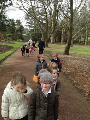 Children walking in the botanics